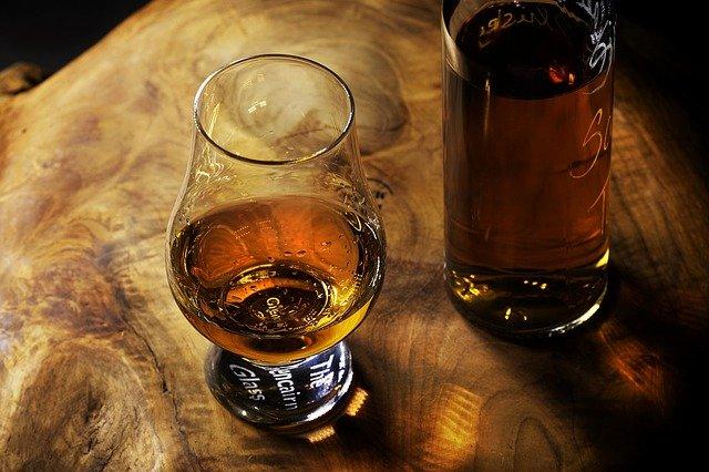 Z czym pić różne rodzaje rumu