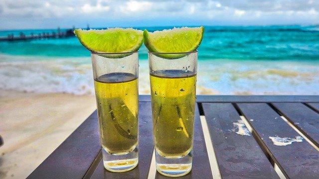 Błędy popełniane przy piciu tequili